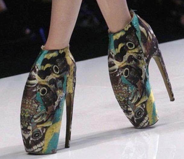 """Những đôi giày cao gót """"bá đạo"""" nhất thế giới - 7"""
