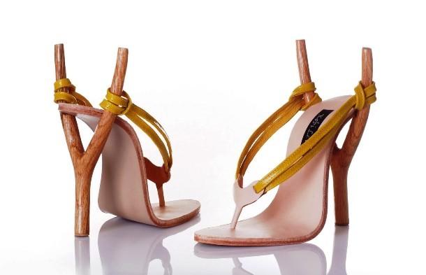 """Những đôi giày cao gót """"bá đạo"""" nhất thế giới - 8"""