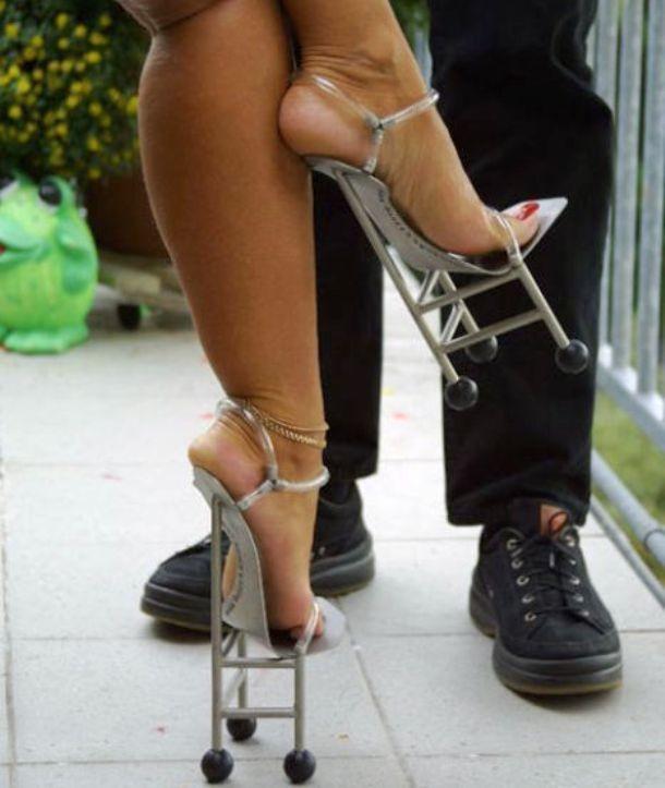 """Những đôi giày cao gót """"bá đạo"""" nhất thế giới - 9"""