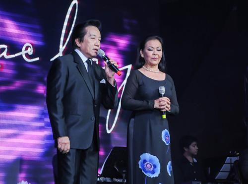 Khánh Ly xúc động khi hát tại quê hương chồng quá cố - 6