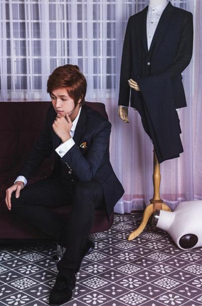 Nhà thiết kế trẻ Eric Nguyễn diện suit đẹp như trai Hàn - 8