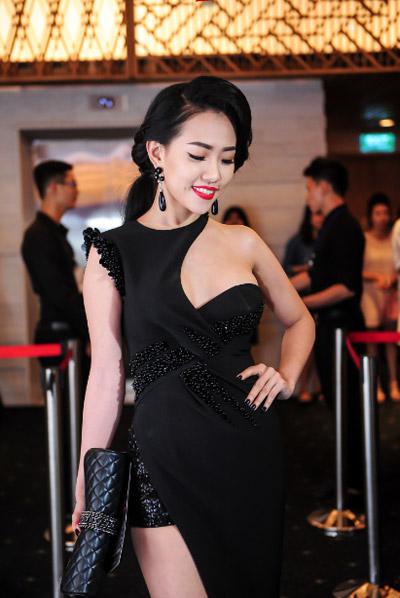 Hotgirl Joxy Thùy Linh đẹp sang trọng đi dự event fashion week - 6