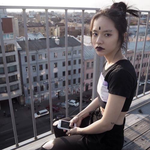 """Nữ du học sinh Việt và gu thời trang """"chẳng giống ai"""" - 5"""