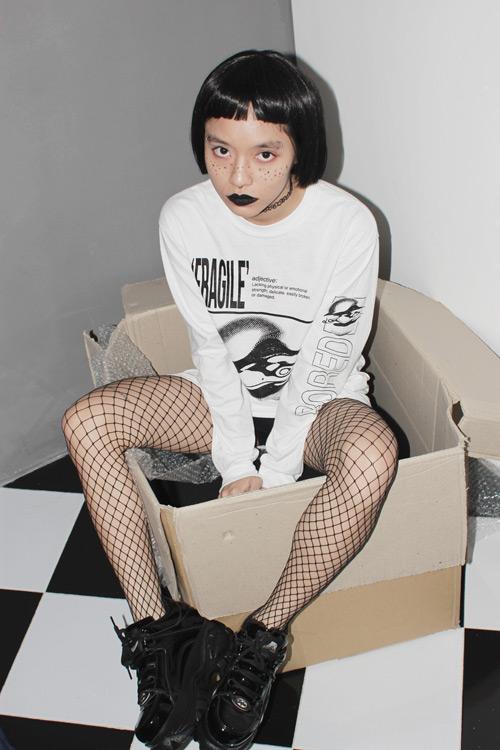 """Nữ du học sinh Việt và gu thời trang """"chẳng giống ai"""" - 8"""