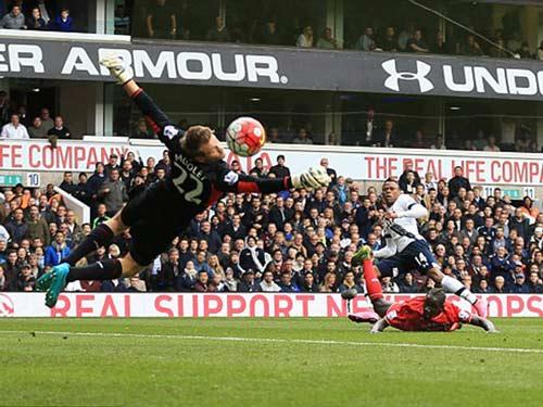 Tottenham - Liverpool: Lẫn lộn cảm xúc ngày ra mắt - 1