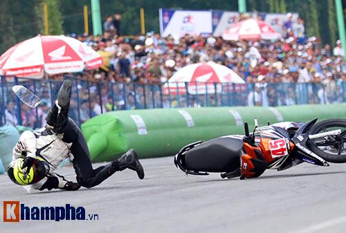 Nhiều tay đua nhập viện ở giải đua xe lớn nhất VN - 7