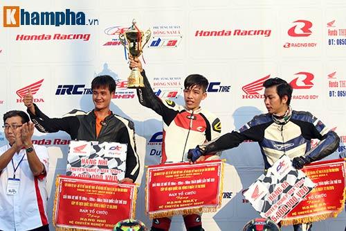 Nhiều tay đua nhập viện ở giải đua xe lớn nhất VN - 11