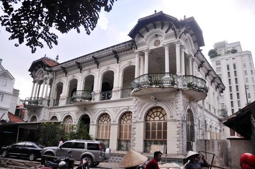 Ngắm biệt thự cổ giá gần 35 triệu USD giữa Sài Gòn - 2