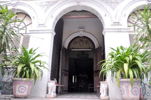 Ngắm biệt thự cổ giá gần 35 triệu USD giữa Sài Gòn - 9