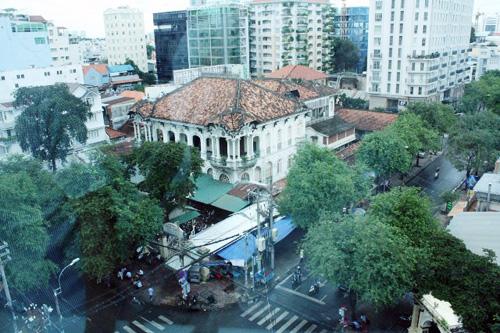 Ngắm biệt thự cổ giá gần 35 triệu USD giữa Sài Gòn - 10