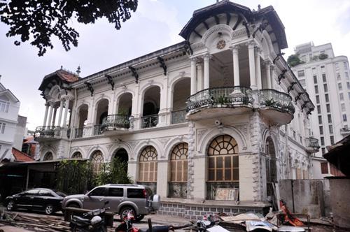 Ngắm biệt thự cổ giá gần 35 triệu USD giữa Sài Gòn - 13