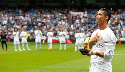Xô đổ kỉ lục của Raul, Ronaldo đi vào lịch sử Real - 1