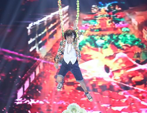 Cậu bé nghèo xuất sắc vào chung kết The Voice Kids - 8