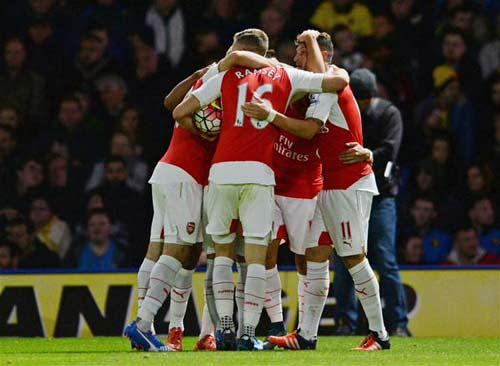Fan Arsenal thấy Sanchez hay hơn cả Ronaldo - 1