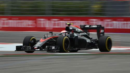 McLaren: Không có đất diễn cho tài năng trẻ - 3