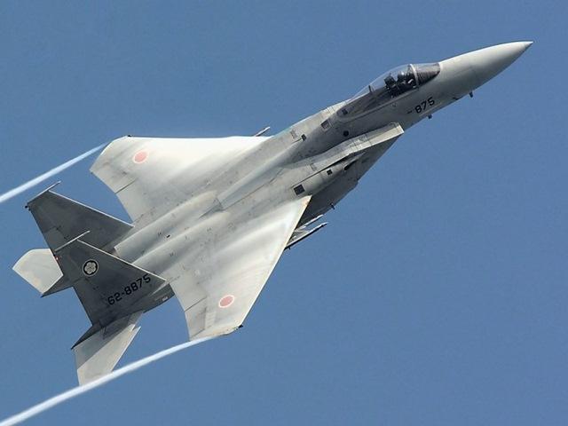 """Tiêm kích J-20 Trung Quốc """"đấu"""" F-15J Nhật: Ai thắng? - 1"""