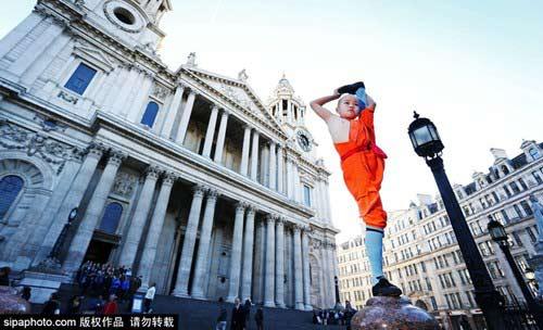 Tròn mắt nhìn võ tăng Thiếu Lâm tung tuyệt chiêu giữa London - 5