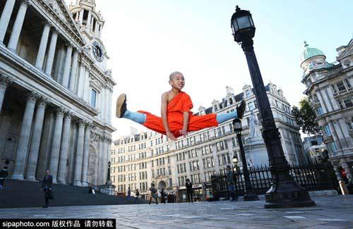 Tròn mắt nhìn võ tăng Thiếu Lâm tung tuyệt chiêu giữa London - 6