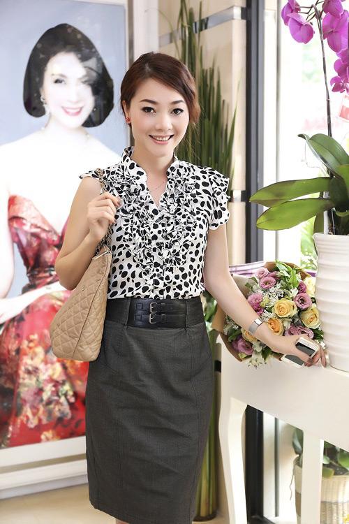 Váy áo nhăn nhúm khiến sao Việt bớt đẹp - 6