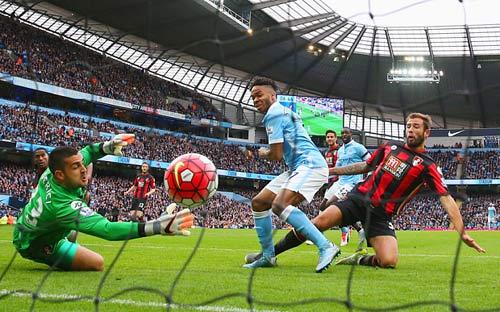 Sterling lập hattrick: Thay Silva, ghi bàn như Aguero - 2
