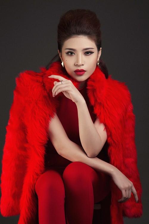 Tố Ny quyến rũ trong sắc đỏ đen mạnh mẽ - 3