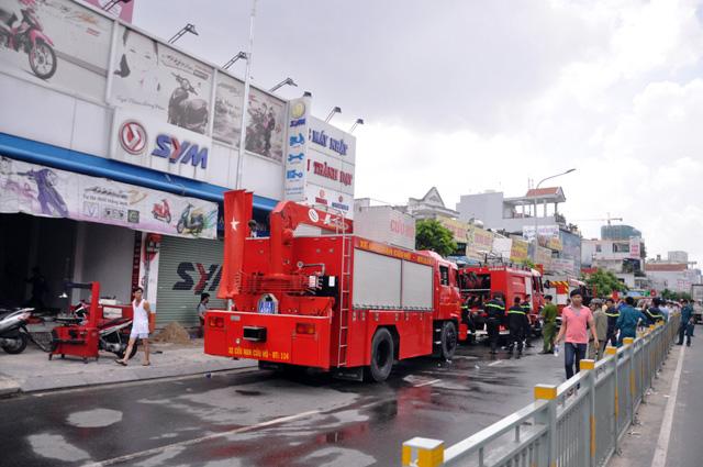 TP.HCM: Hai mẹ con chết cháy trong quán hủ tiếu - 3