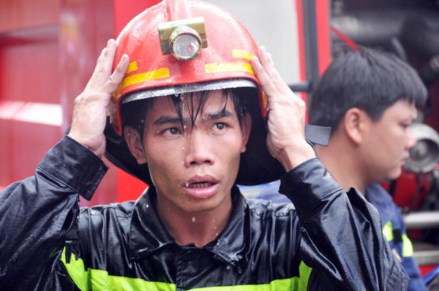 TP.HCM: Hai mẹ con chết cháy trong quán hủ tiếu - 4