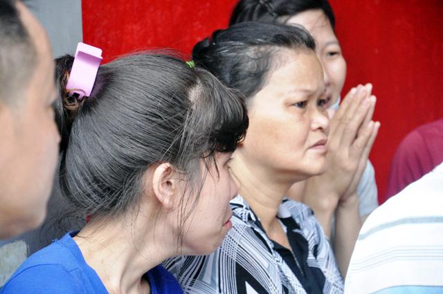 TP.HCM: Hai mẹ con chết cháy trong quán hủ tiếu - 8