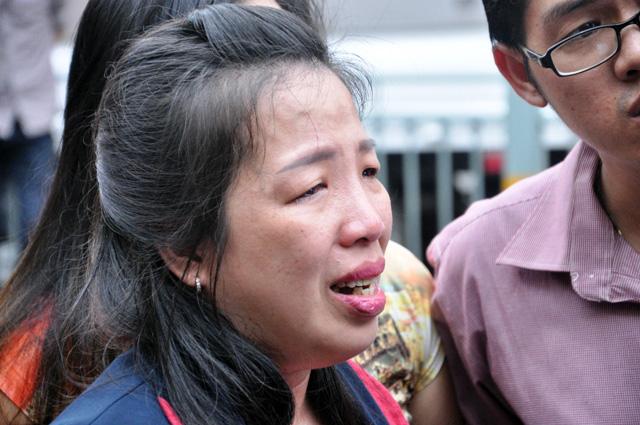 TP.HCM: Hai mẹ con chết cháy trong quán hủ tiếu - 9
