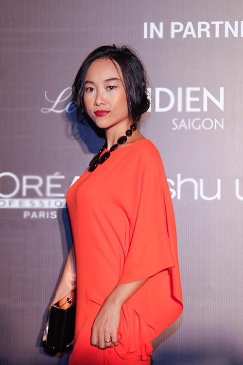 1001 trang phục gây chú ý nhất tuần của showbiz Việt - 5