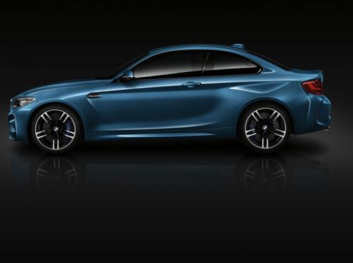 BMW M2 Coupe cuốn hút với màu xanh huyền bí - 3