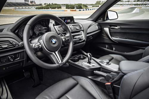 BMW M2 Coupe cuốn hút với màu xanh huyền bí - 6