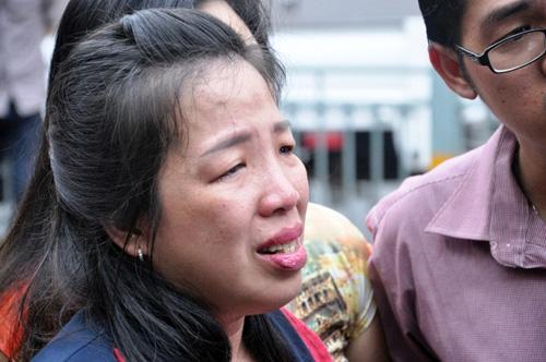 Cháy quán hủ tiếu: Xót xa người mẹ chết trong tư thế ôm con - 5