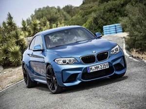 Ô tô - Xe máy - BMW M2 Coupe cuốn hút với màu xanh huyền bí