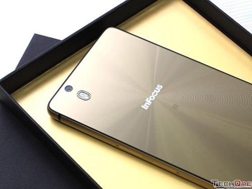 Cơn sốt smartphone Mỹ InFocus M810T giá hơn 3 triệu đồng - 1
