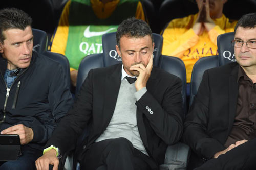 Barca: Neymar được thưởng lớn, Enrique lo hàng thủ - 2