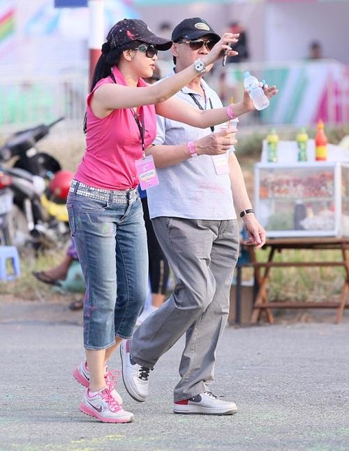 Cuộc sống như mơ của vợ đại gia Johnathan Hạnh Nguyễn - 2