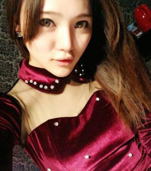 Bắt chân dài bán dâm giá 2 tỷ đồng/3 đêm ở Trung Quốc - 1