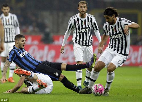 Tâm điểm vòng 8 Serie A: Những mảng màu sáng tối - 1