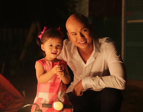Con gái Phan Đinh Tùng xinh như thiên thần - 13