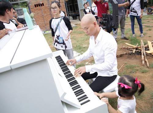 Con gái Phan Đinh Tùng xinh như thiên thần - 3