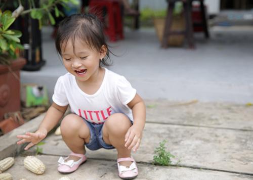 Con gái Phan Đinh Tùng xinh như thiên thần - 5