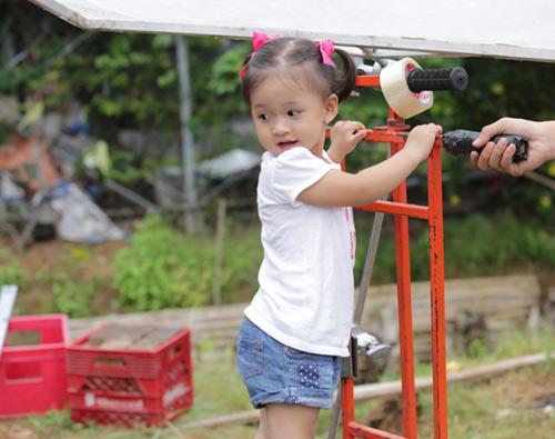 Con gái Phan Đinh Tùng xinh như thiên thần - 7