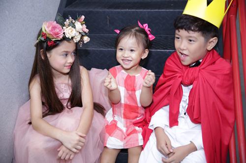 Con gái Phan Đinh Tùng xinh như thiên thần - 12