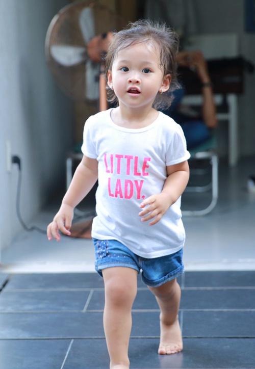 Con gái Phan Đinh Tùng xinh như thiên thần - 11
