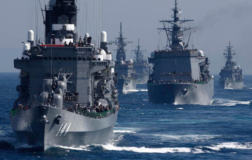 """Nhật bất ngờ """"khoe"""" sức mạnh dàn tàu chiến hoành tráng - 1"""