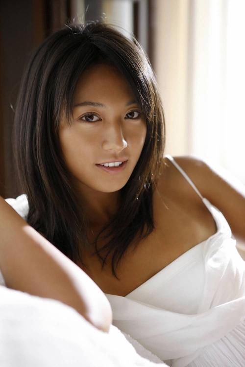 4 mỹ nữ thể thao Nhật Bản gợi cảm không kém mẫu nội y - 1
