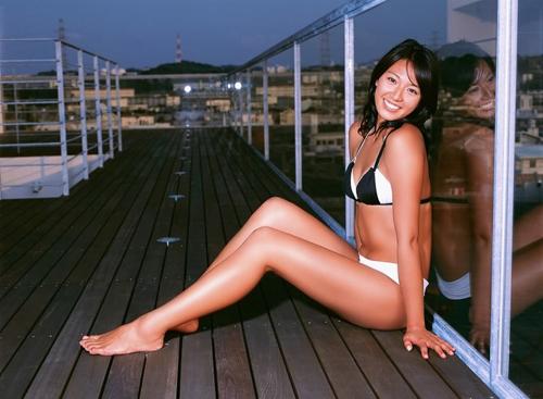 4 mỹ nữ thể thao Nhật Bản gợi cảm không kém mẫu nội y - 4