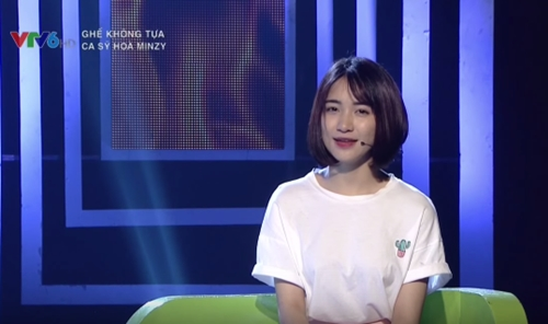 Hòa Minzy thấy hổ thẹn khi là người yêu của cầu thủ - 1