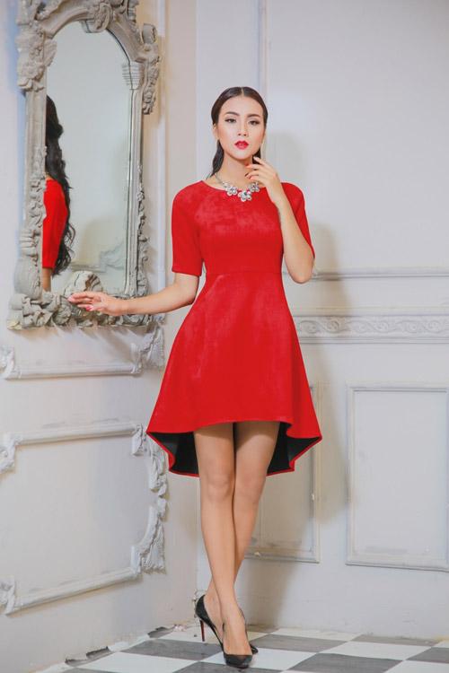 Bí quyết chọn trang phục ngọt ngào cho quý cô mùa dự tiệc - 11